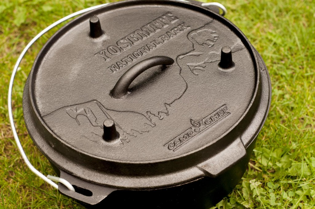 Camp Chef deluxe Dutch Oven DO10